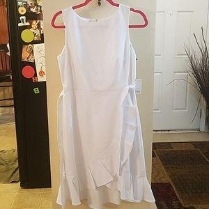 Calvin Klein white dress NWT size 8